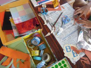 マスキングテープや色画用紙